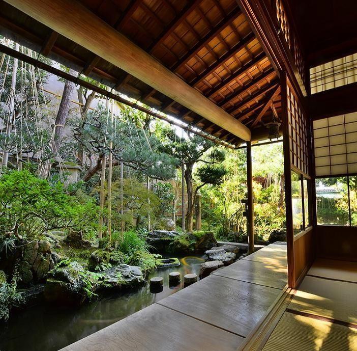 Engawa e giardino esterno